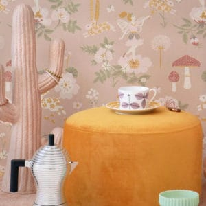 Majvillan Old Garden wallpaper dusty rose